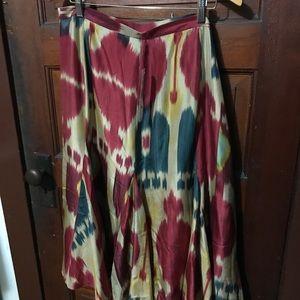 NWT 100% Silk Ralph Lauren Flowy Skirt. Size 16